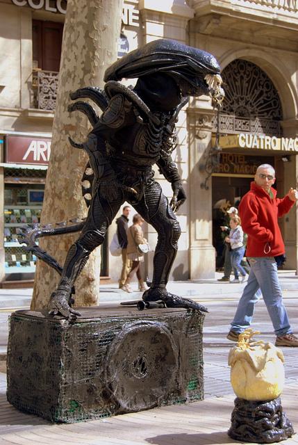 Normativa estatuas humanas Rambla barcelonesa