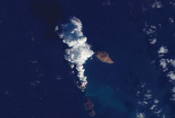 Una nueva isla se está formando en el Mar Rojo