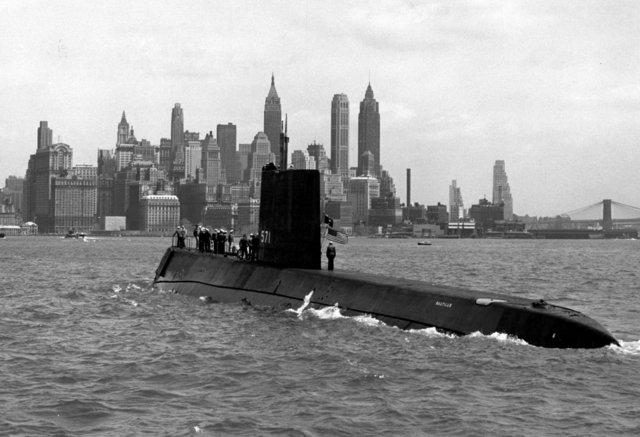 USS Nautilus primner submarino atómico