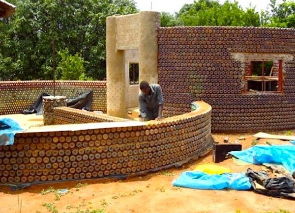 Nigeria-bottle-house-1