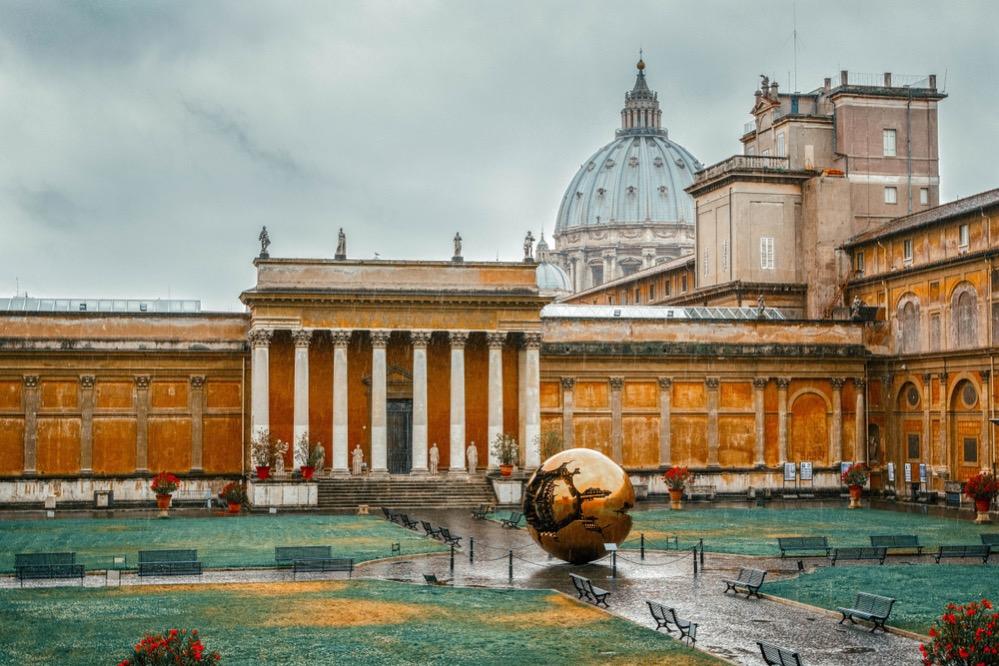 La Farmacia Vaticana es la más visitada del mundo, con más de dos millares de clientes al día