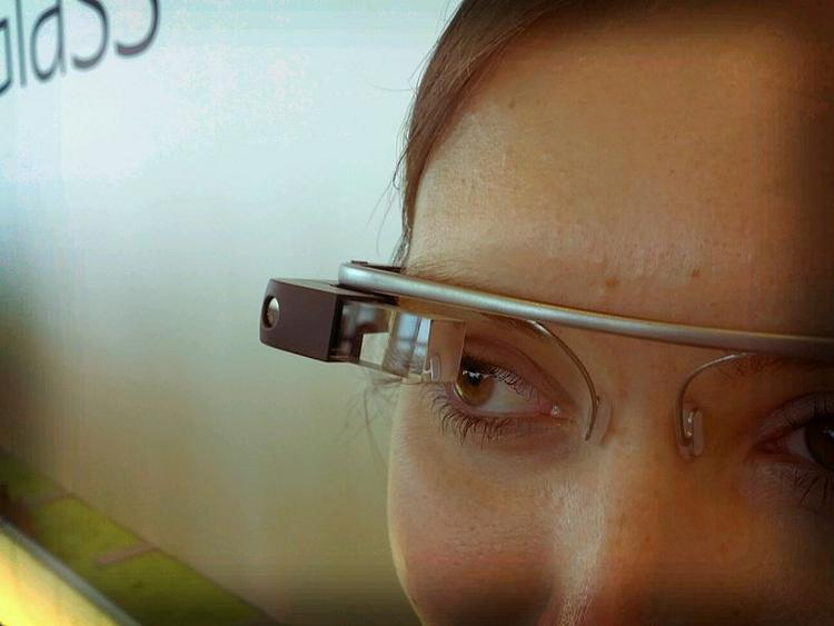 Virgin Atlantic se equipa con Google Glass