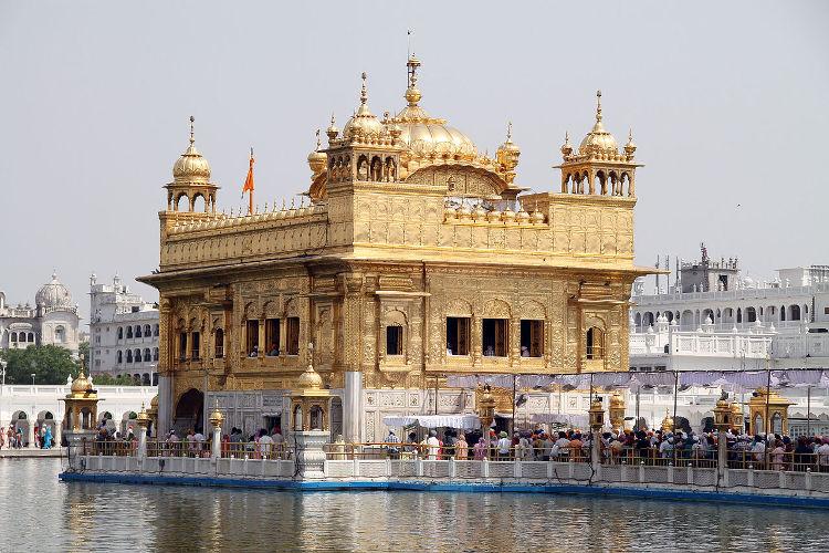El Templo Dorado de Amritsar, el lugar sagrado de los sij