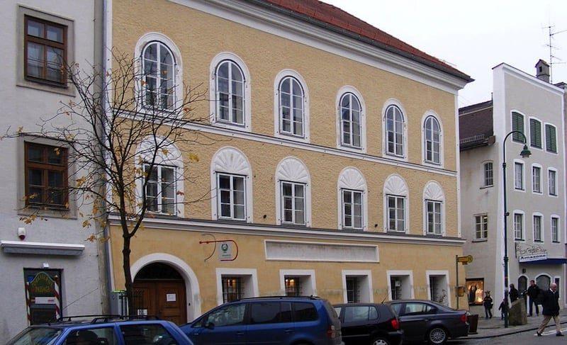Una comisión de historiadores estudia la posibilidad de demoler la casa natal de Hitler