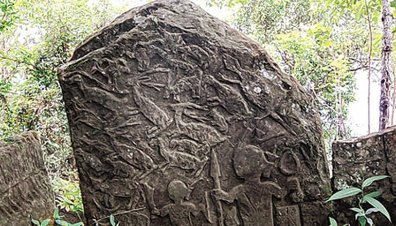 Los menhires olvidados de Vangchhia en la India