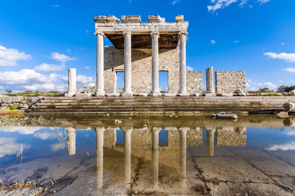 Cómo Tales de Mileto ganó una pequeña fortuna, para demostrar la utilidad de la filosofía